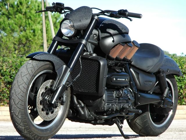 Triumph Rocketter by Drag & Racing