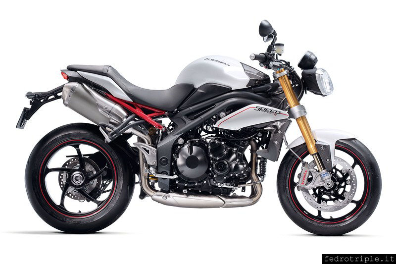 2011 - Triumph Speed Triple R MY2012