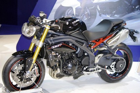 2011 Triumph Speed Triple R MY2012 Eicma