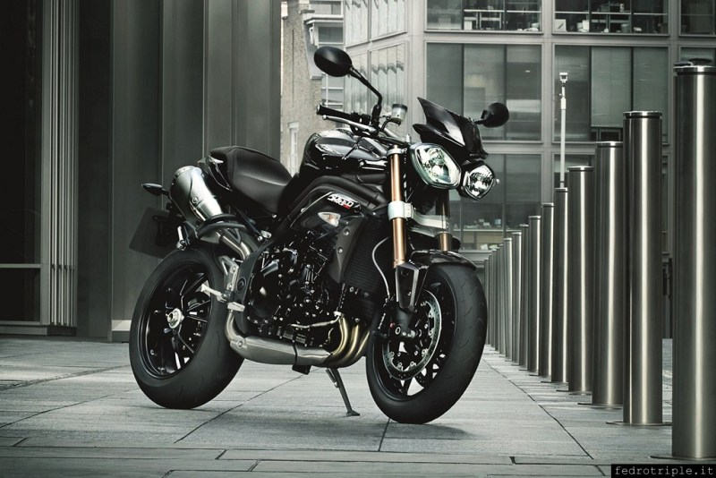 2012 Triumph Speed Triple official photos