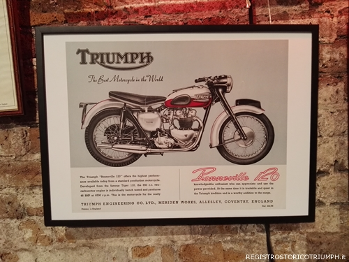 2015-10-28 Triumph Bonneville Luanch Party